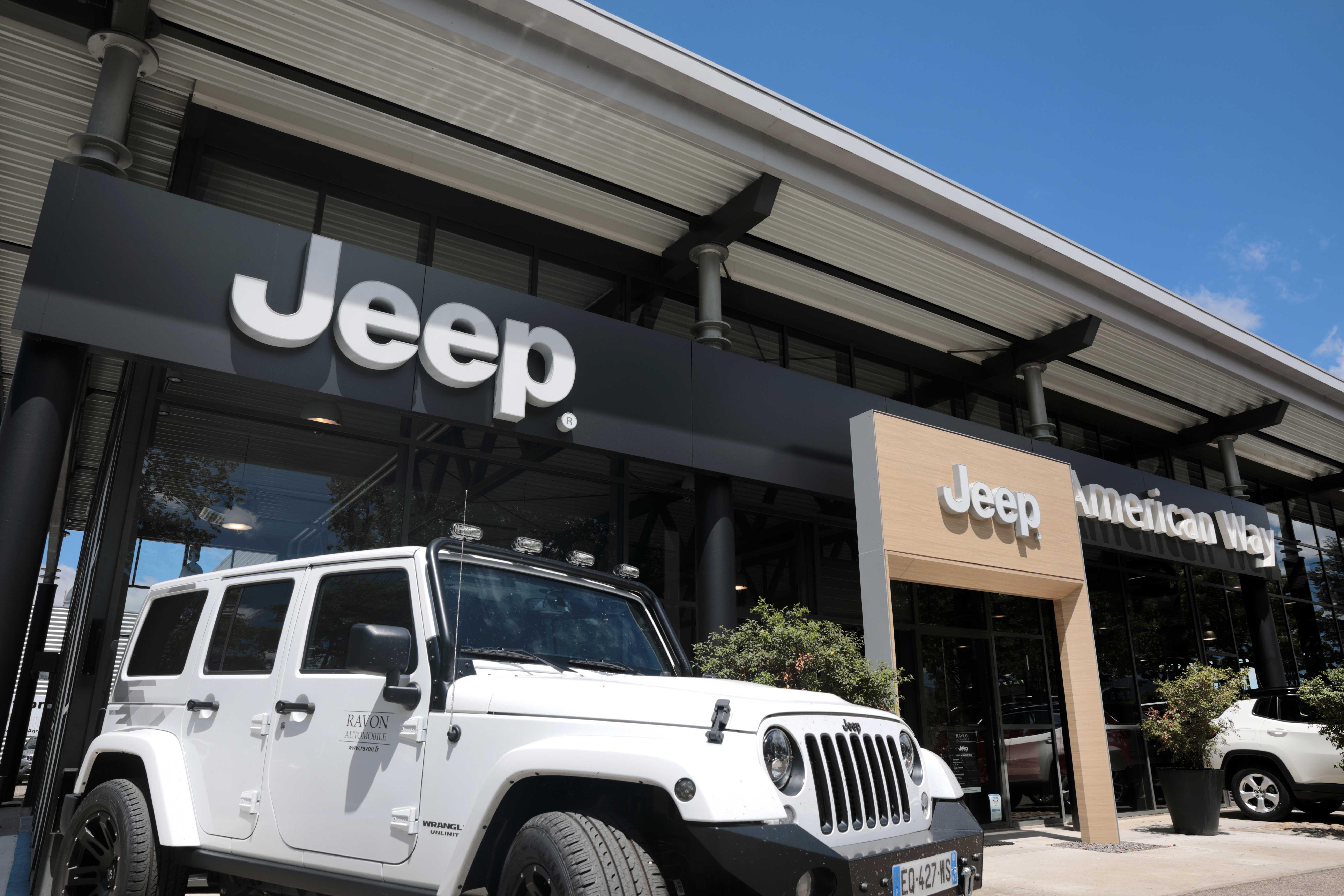 jeep occasion saint etienne jeep saint etienne ravon automobile. Black Bedroom Furniture Sets. Home Design Ideas