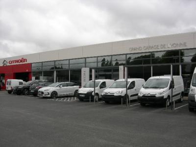 Renault occasion sens grand garage de l 39 yonne citroen - Numero de telephone garage citroen ...