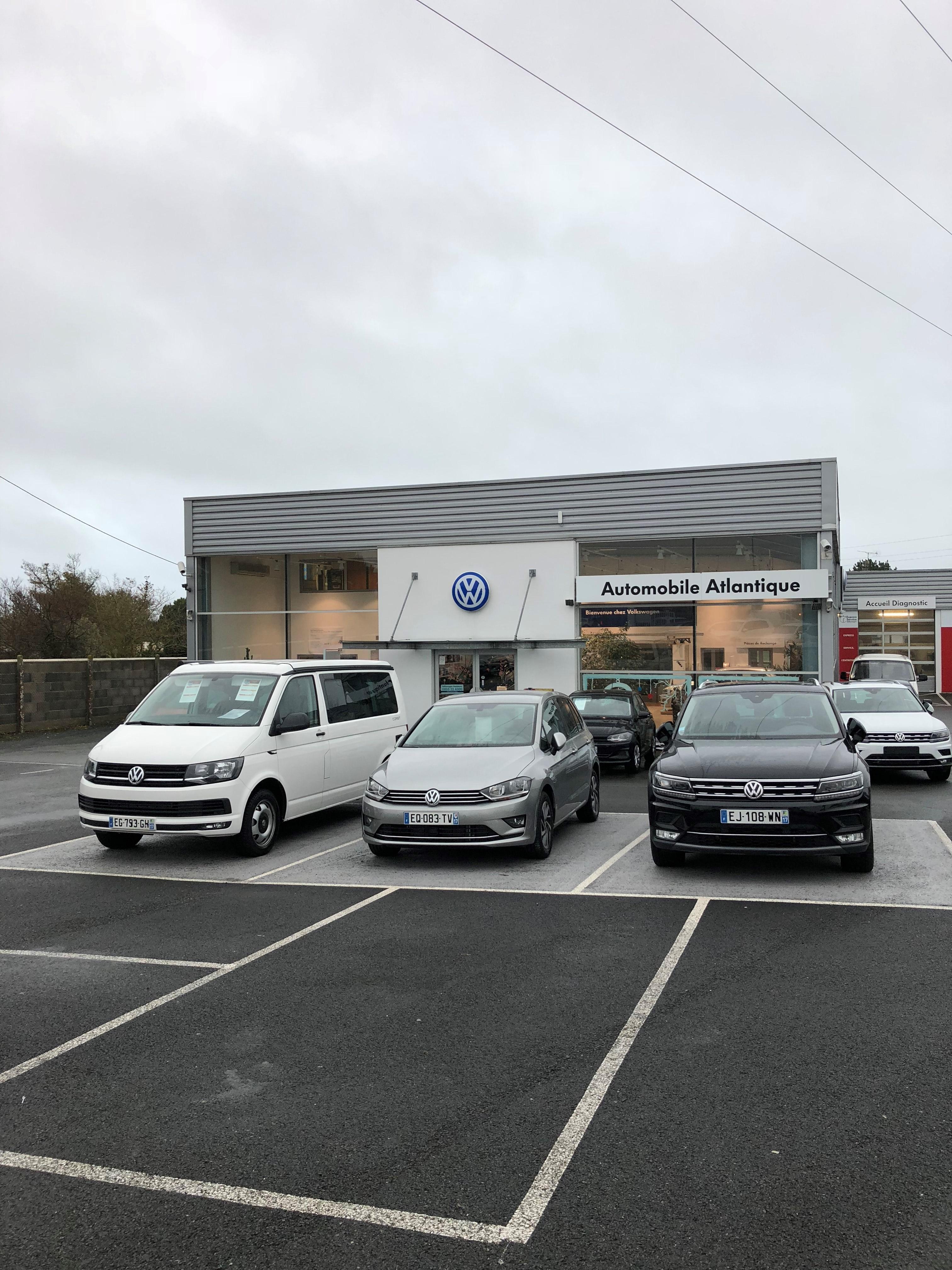 Volkswagen touran ii 1 6 tdi 105 fap bluemotion technology for Garage volkswagen marennes 17